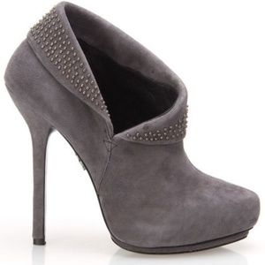 Rock & Republic Angie Studded Suede Booties Size 9